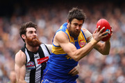 Josh Kennedy of the Eagles marks during the 2018 AFL Grand Final match between the Collingwood Magpies and the West Coast Eagles at Melbourne Cricket Ground on September 29, 2018 in Melbourne, Australia.