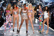 (L-R) Nadine Leopold, Shanina Shaik, Herieth Paul, Devon Windsor, Liu Wen and Gizele Oliveira walk the runway during the 2018 Victoria's Secret Fashion Show at Pier 94 on November 8, 2018 in New York City.