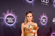 Keltie Knight attends the 2019 American Music Awards at Microsoft Theater on November 24, 2019 in Los Angeles, California.