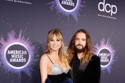 (L-R) Heidi Klum and Tom Kaulitz attend the 2019 American Music Awards at Microsoft Theater on November 24, 2019 in Los Angeles, California.