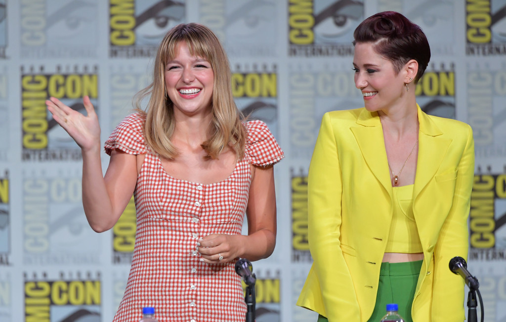 Chyler Leigh Melissa Benoist Chyler Leigh Photos 2019 Comic Con International Supergirl Special Video Presentation And Q A Zimbio
