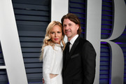 Rachel Zoe and Rodger Berman attend the 2019 Vanity Fair Oscar Party hosted by Radhika Jones at Wallis Annenberg Center for the Performing Arts on February 24, 2019 in Beverly Hills, California.