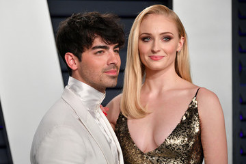 No One Knows How 'Game Of Thrones' Ends — Except Joe Jonas