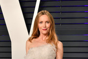 Leslie Mann attends the 2019 Vanity Fair Oscar Party hosted by Radhika Jones at Wallis Annenberg Center for the Performing Arts on February 24, 2019 in Beverly Hills, California.