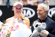 Caroline Wozniacki of Denmark poses with her father and coach Piotr Wozniacki after her Women's Singles third round match against Ons Jabeur of Tunisia day five of the 2020 Australian Open at Melbourne Park on January 24, 2020 in Melbourne, Australia.