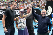 Caroline Wozniacki of Denmark poses with coach and father Piotr Wozniacki, husband David Lee and brother Patrik Wozniacki after her Women's Singles third round match against Ons Jabeur of Tunisia day five of the 2020 Australian Open at Melbourne Park on January 24, 2020 in Melbourne, Australia.