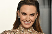 Elizabeth Chambers attends the 2020 Vanity Fair Oscar Party hosted by Radhika Jones at Wallis Annenberg Center for the Performing Arts on February 09, 2020 in Beverly Hills, California.