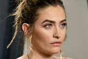 Paris Jackson attends the 2020 Vanity Fair Oscar Party hosted by Radhika Jones at Wallis Annenberg Center for the Performing Arts on February 09, 2020 in Beverly Hills, California.