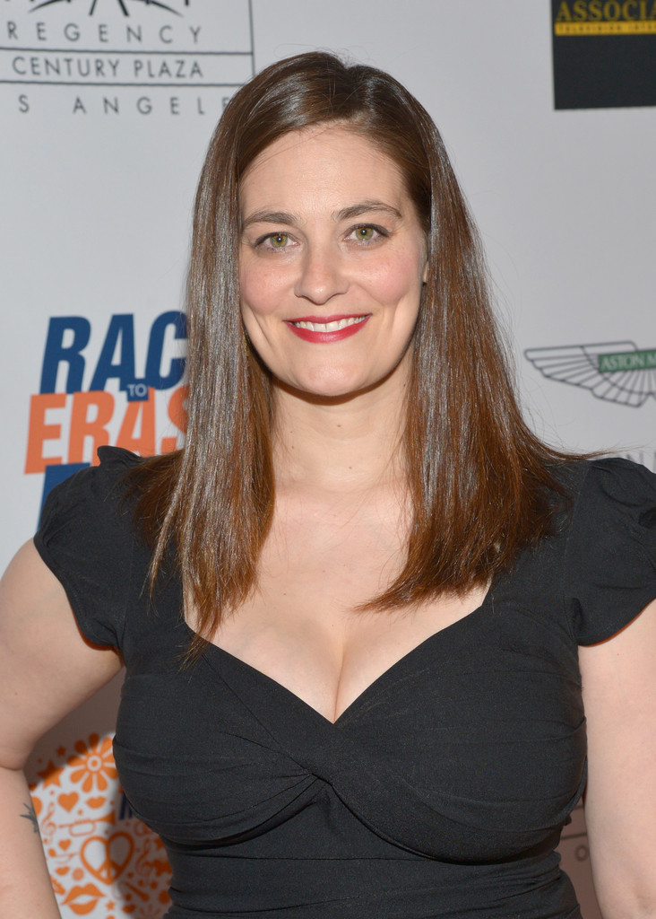 Ford Race Red >> Clementine Ford Photos Photos - 21st Annual Race To Erase MS - Red Carpet - Zimbio