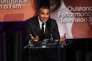 Jaime Camil Photos Photo