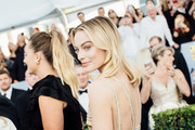 Image has been edited using digital filters) Margot Robbie arrives at the 25th annual Screen Actors Guild Awards at The Shrine Auditorium on January 27, 2019 in Los Angeles, California.