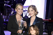 Selma Blair Sarah Michelle Gellar Photos Photo