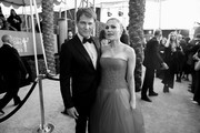 Image has been converted to black and white.) Stephen Moyer and Anna Paquin attend the 26th Annual Screen Actors Guild Awards at The Shrine Auditorium on January 19, 2020 in Los Angeles, California.