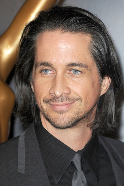 Michael easton dating thai dame statue