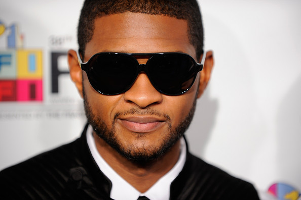 Usher And His Kids On The Red Carpet. Usher in 38th Annual FiFi