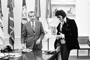 380450 16: President Richard Nixon meets with Elvis Presley December 21, 1970 at the White House.
