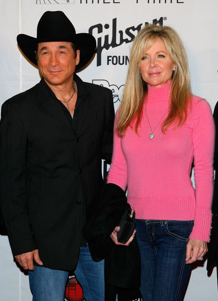 Top 28 who is married to clint black clint black and for Is clint black and lisa hartman still married