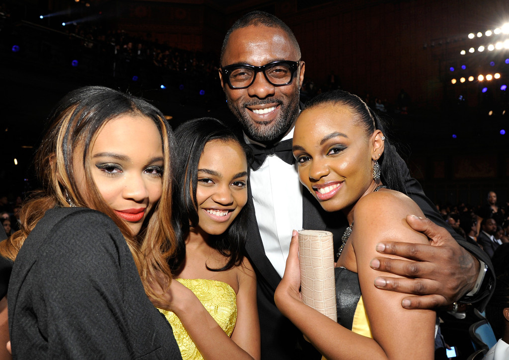 Idris Elba China Anne Mcclain Lauryn Mcclain Sierra Mcclain China Anne Mcclain And Lauryn Mcclain Photos 45th Naacp Image Awards Presented By Tv One Backstage And Audience Zimbio