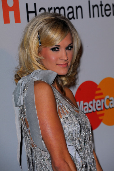 carrie underwood hair 2010. Carrie+Underwood in 52nd