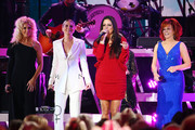 (FOR EDITORIAL USE ONLY)  (L-R) Kimberly Schlapman of Little Big Town, Jennifer Nettles, Sara Evans and Reba McEntire perform onstage during the 53rd annual CMA Awards at the Bridgestone Arena on November 13, 2019 in Nashville, Tennessee.
