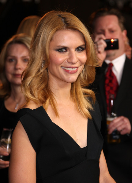 Actress Claire Danes arrives at the 63rd Annual Directors Guild Of America Awards held at the Grand Ballroom at Hollywood & Highland on January 29, 2011 in Hollywood, California.