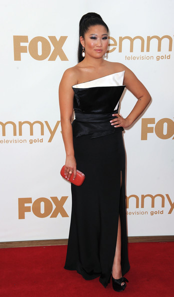 Actress Jenna Ushkowitz arrives at the 63rd Annual Primetime Emmy Awards held at Nokia Theatre L.A. LIVE on September 18, 2011 in Los Angeles, California.