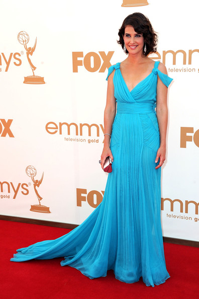 Actress Cobie Smulders arrives at the 63rd Annual Primetime Emmy Awards held at Nokia Theatre L.A. LIVE on September 18, 2011 in Los Angeles, California.