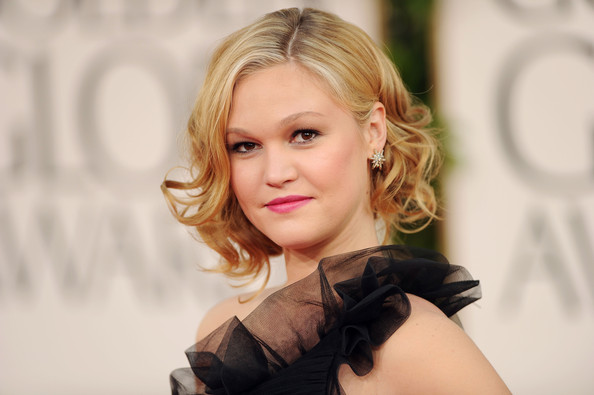 Actress Julia Stiles arrives at the 68th Annual Golden Globe Awards held at The Beverly Hilton hotel on January 16, 2011 in Beverly Hills, California.