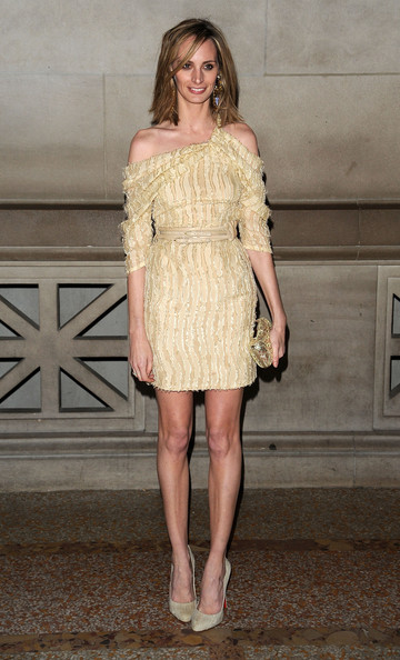 Lauren Santo Domingo Lauren Santo Domingo attends the 6th Annual Apollo Circle Benefit Dance at The Metropolitan Museum of Art on November 12, 2009 in New York, New York.