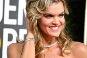Missi Pyle, jewelry detail, attends the 76th Annual Golden Globe Awards at The Beverly Hilton Hotel on January 6, 2019 in Beverly Hills, California.