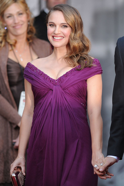 Actress Natalie Portman arrives at the 83rd Annual Academy Awards held at the Kodak Theatre on February 27, 2011 in Hollywood, California.