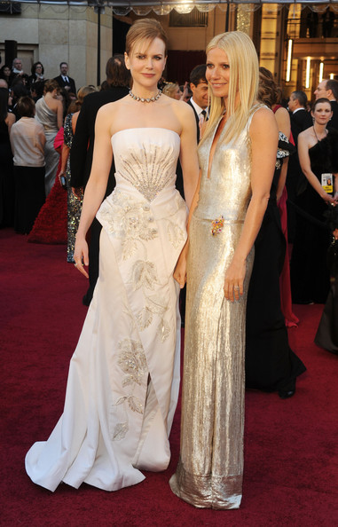 Actress Nicole Kidman (L) and actress Gwyneth Paltrow arrive at the 83rd Annual Academy Awards held at the Kodak Theatre on February 27, 2011 in Hollywood, California.