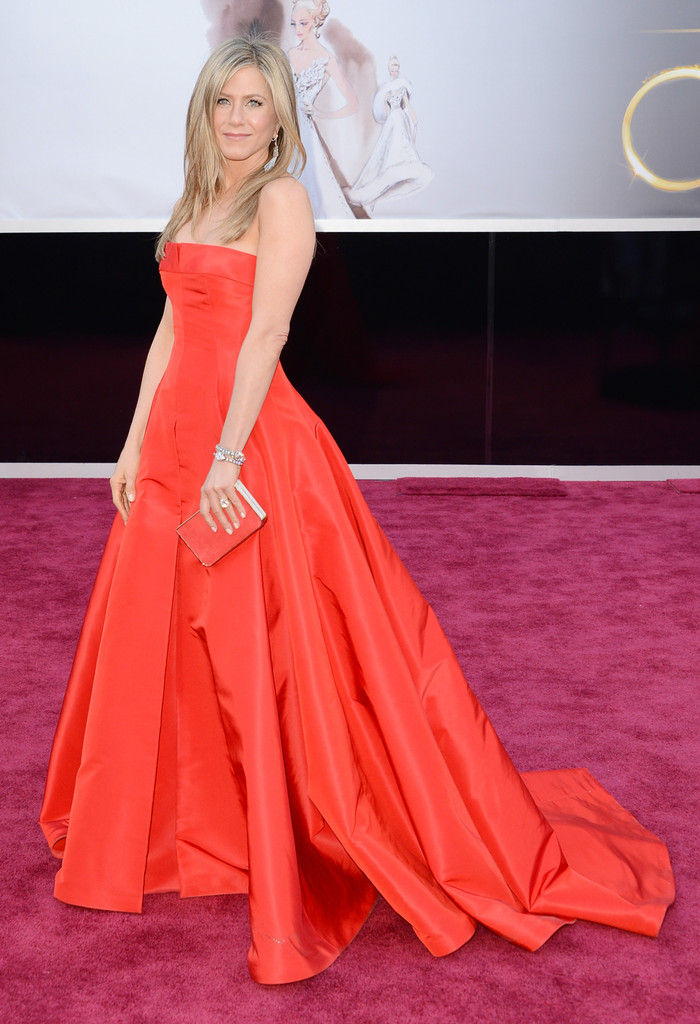 The 6 Biggest Ballgowns at the 2013 Oscars [PHOTOS]