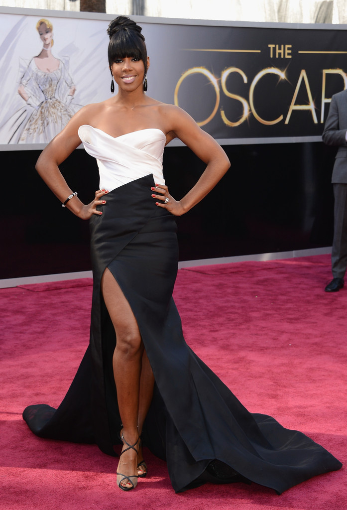 Singer Kelly Rowland attends the Oscars at Hollywood & Highland Center on February 24, 2013 in Hollywood, California.