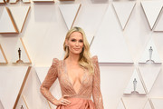 Molly Sims attends the 92nd Annual Academy Awards at Hollywood and Highland on February 09, 2020 in Hollywood, California.
