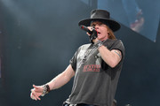 Singer Axl Rose of AC/DC performs during the AC/DC Rock Or Bust Tour at Madison Square Garden on September 14, 2016 in New York City.