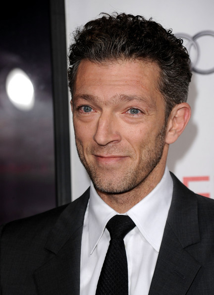 "Actor Vincent Cassel arrives at the ""Black Swan"" closing night gala during AFI FEST 2010 presented by Audi held at Grauman's Chinese Theatre on November 11, 2010 in Hollywood, California."