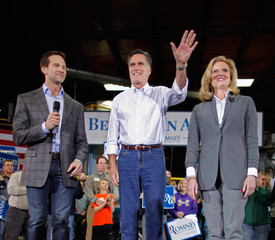 Aaron Schock Mitt Romney Campaigns Throughout Iowa