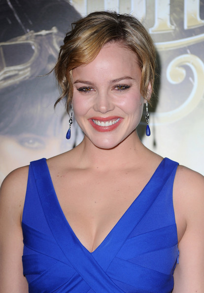 "Abbie Cornish Actress Abbie Cornish arrives at the ""Sucker Punch"" Los Angeles premiere at Grauman's Chinese Theatre on March 23, 2011 in Hollywood, California."