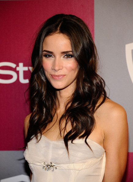 Abigail Spencer Pictures - 2011 InStyle/Warner Brothers ... Bruce Willis Imdb