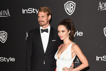 Abigail Spencer Josh Pence InStyle And Warner Bros. Golden Globes Party — Part 2
