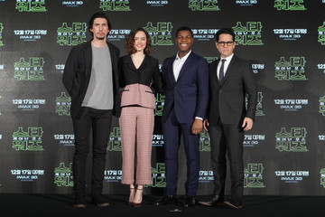 Adam Driver Daisy Ridley 'Star Wars: The Force Awakens' Press Conference in Seoul