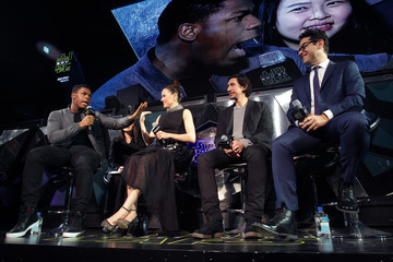 Adam Driver Daisy Ridley 'Star Wars: The Force Awakens' Fan Event in Seoul