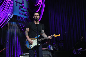 Adam Levine Howard Stern Celebrates His Birthday in NYC