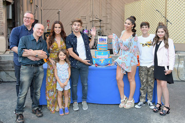 Addison Riecke Nickelodeon's 'The Thundermans' Celebrate Their 100th Episode