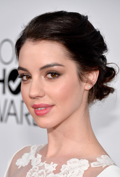 Adelaide Kane The Fashion Spot