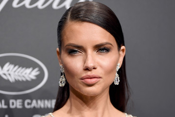 Adriana Lima Chopard Space Party - Photocall - The 70th Cannes Film Festival