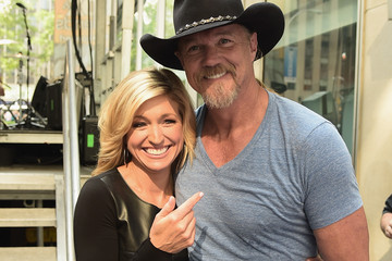 Ainsley Earhardt  Trace Adkins Performs in NYC