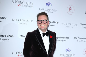 Alan Carr The 9th Annual Global Gift Gala - Red Carpet Arrivals