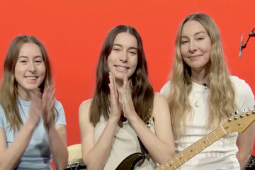 Alana Haim 63rd Annual GRAMMY Awards – Women in the Mix Live!